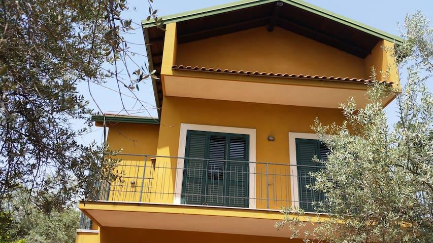Villa Ravanusa