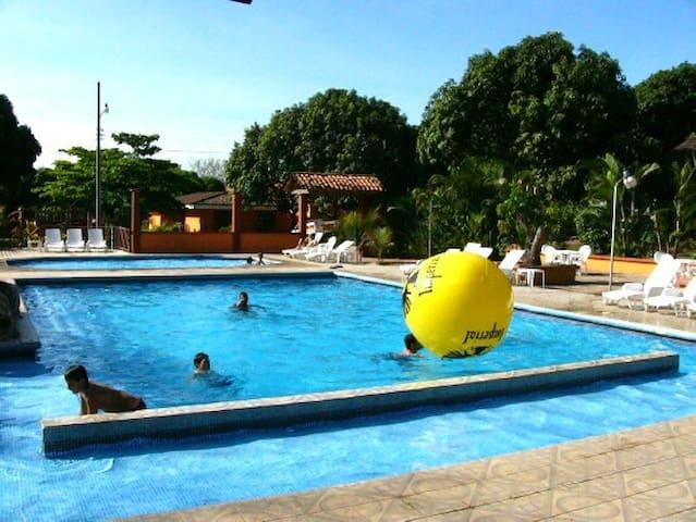Hotel y Villas Nacazcol - Guanacaste, Sardinal de Carillo