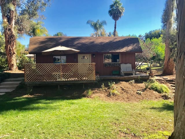 PRIVATE COTTAGE ON BEAUTIFUL ESCONDIDO PROPERTY