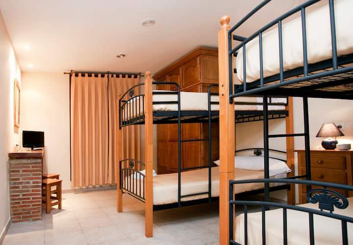 Senda del Oso, Asturias en habitacion cuádruple