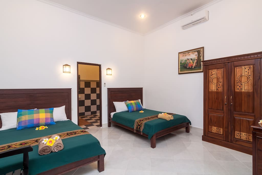 Bedroom with 2 Double Beds