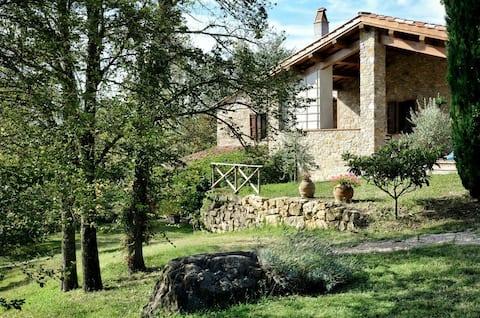 Il Melograno, lovely farmhouse sleep 5