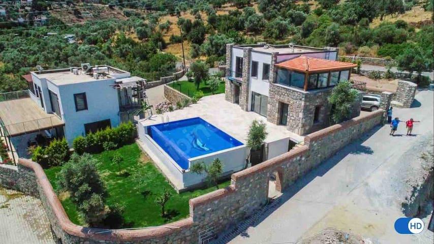 Villa Gölköy ( Göltürkbükü Özel Havuzlu )