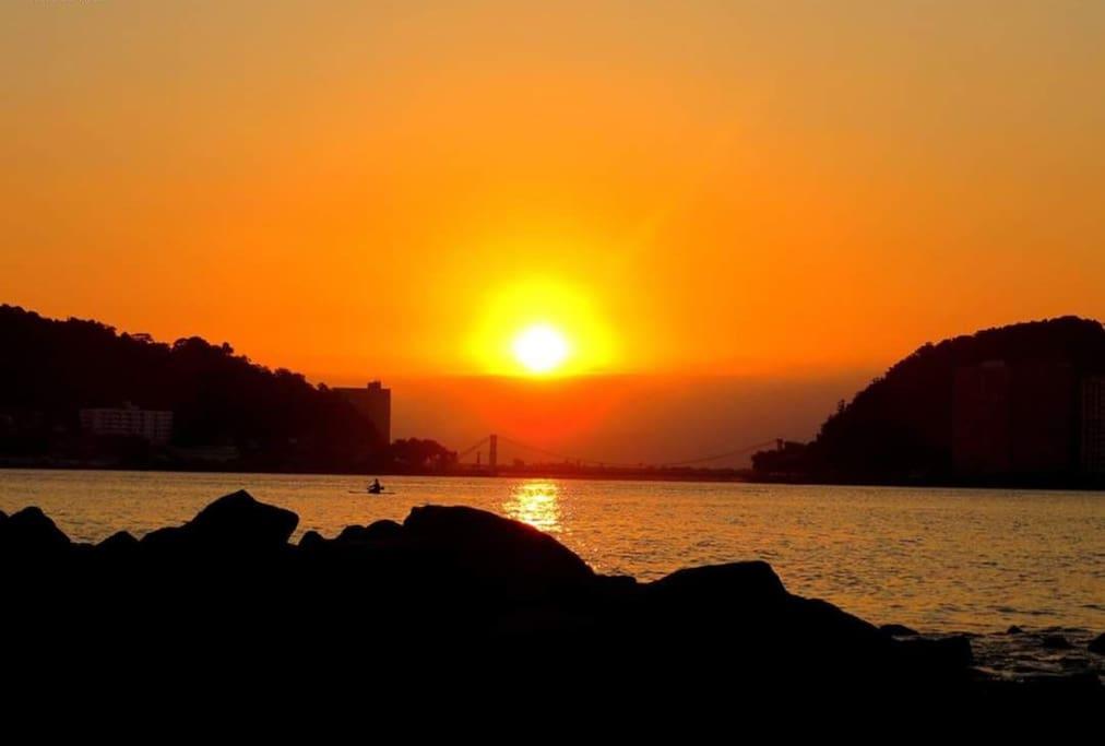 pôr do sol pelas lentes da Cris Raucci