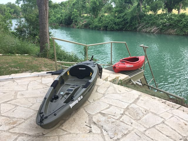 New River front stairs and kayaks