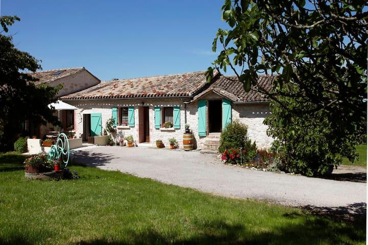 La Maison du Chai - Castelnau-de-Montmiral - Pension
