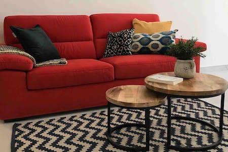 New Luxury Apartment Golden Bay Area