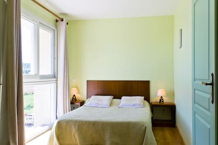 Le Verger , chambre Montrachet - Bed & Breakfast