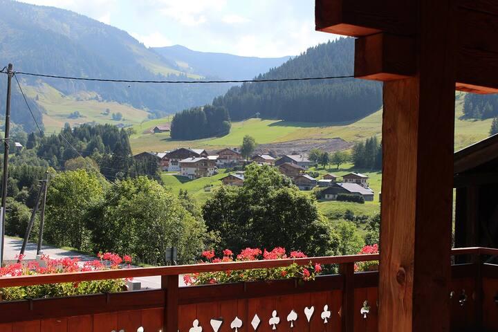 La vue depuis la terrasse de 50 m