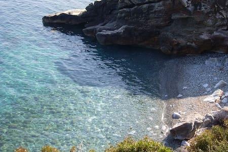 Chalet entre mer et montagne 4 - sisco - Chalet