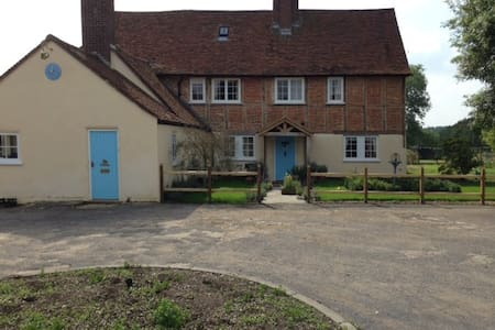 Luckings Farmhouse - Amersham - 独立屋