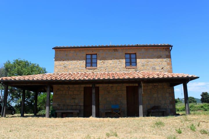 House in Sovana, Maremma, Tuscany - Sovana - Huis