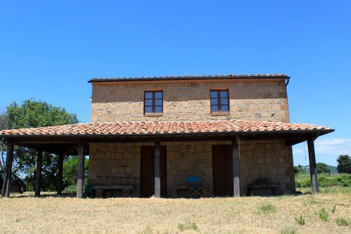Casa a Sovana, Maremma toscana
