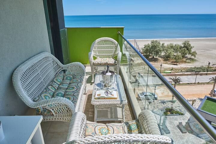 ❤️ Panoramic sea view 2 bedroom Alezzi Resort
