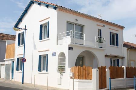 Villa de 170 m² à 150 m de la plage - Le Grau-du-Roi