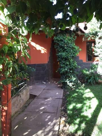 Cincha Wasi - Private room 1 of 3bedroom Home - Urubamba - Casa