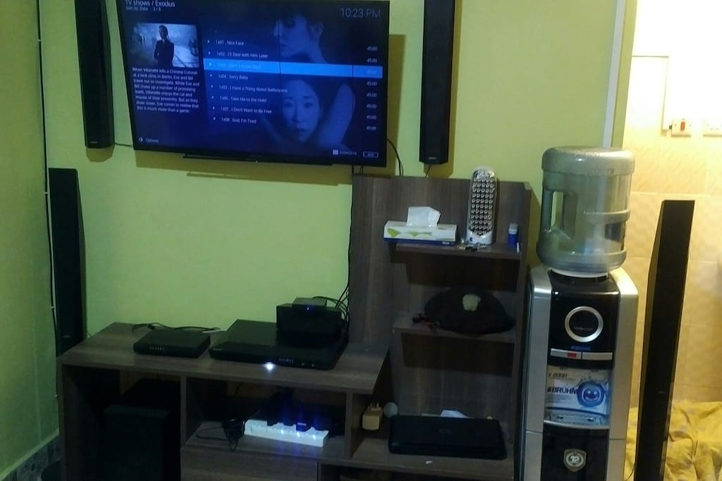 Entertainment plus free wifi Quality sound system
