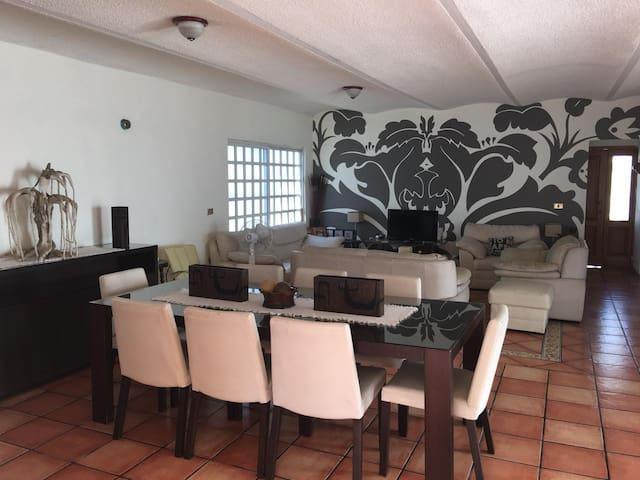 CASA ESPERANZA, BONITA SEGURA Casa completa
