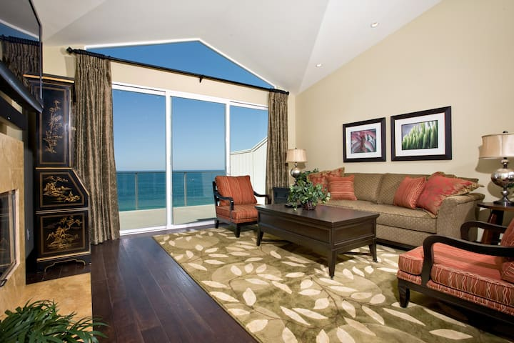 Oceanview, Smart TV, Cable, DVD, Sound, Flat Screen