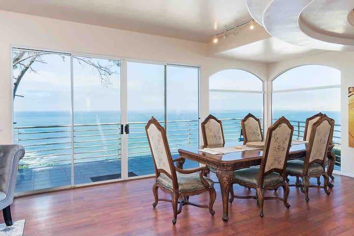 La Jolla Suite in Ocean view Estate