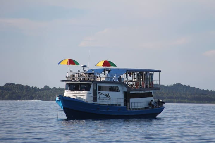 Mentawai Islands Surfcharters - padang - Boot