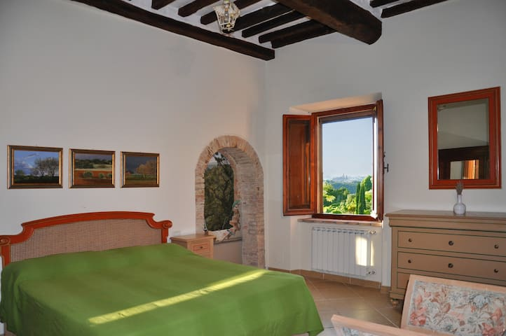 Room with a view - Colle di Val d'Elsa - House