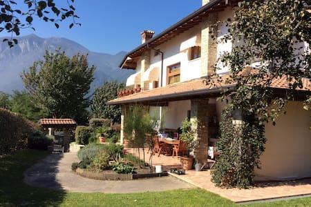 Villa in the heart of the Alps - Artogne - Villa