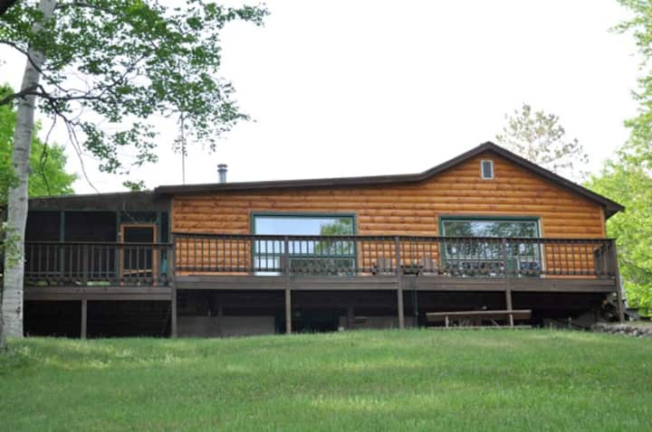 Lakeview Lodge at Sandy Point near Minocqua