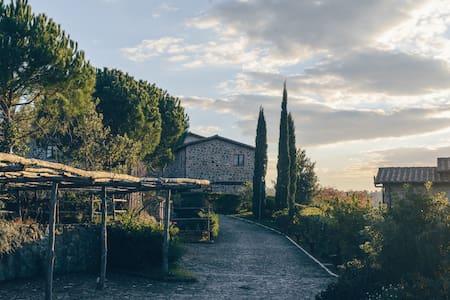 Hamlet House in Borgo Case Bardi - Montorgiali