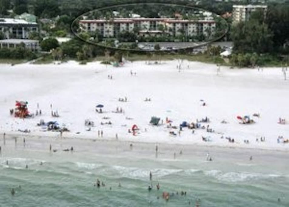 location of our place to gorgeous Siesta Key Beach