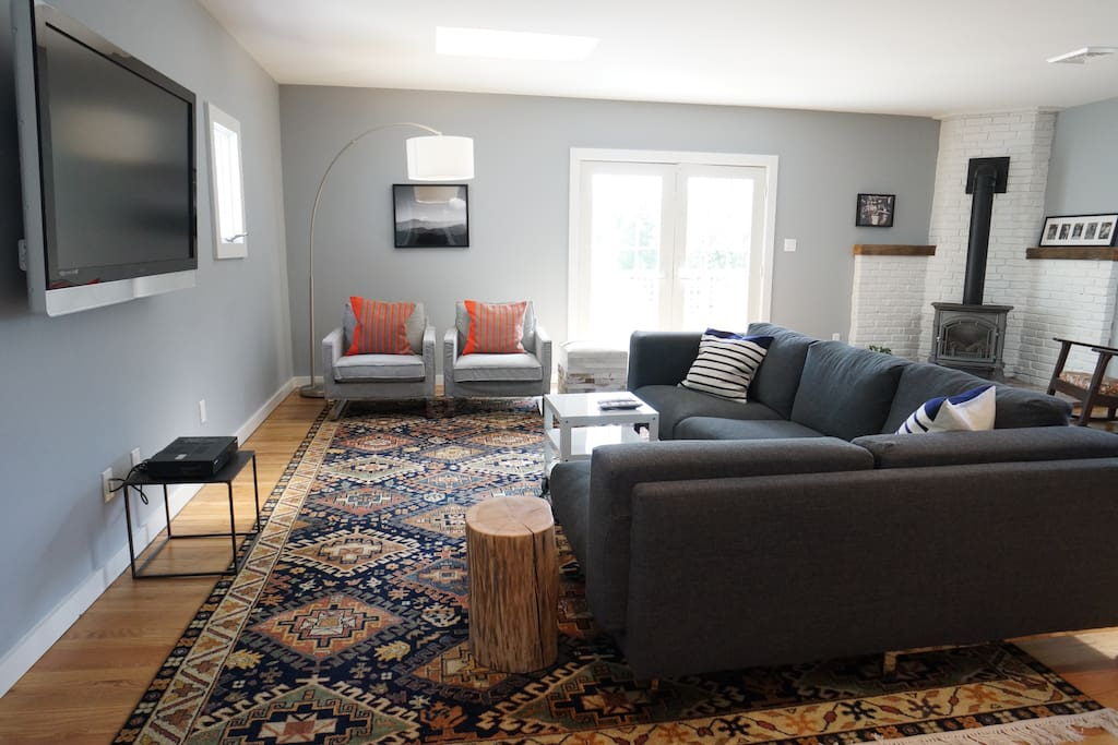Rustic Chic Main Street Two Bedroom Apartments For Rent In Millerton New York United States