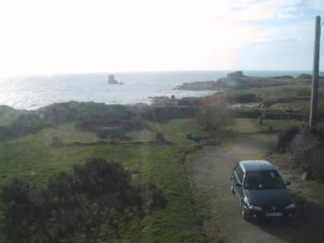 Maison avec vue sur mer incroyable - Lanildut - House