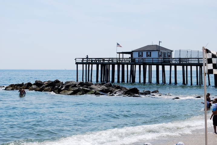 Charming Ocean Grove Beach House - Neptune Township