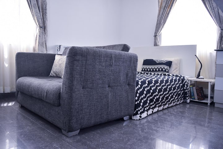 Chic Studio Apartment In The Best Part Of Lekki!