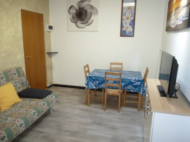 Nice apartament in center Varazze