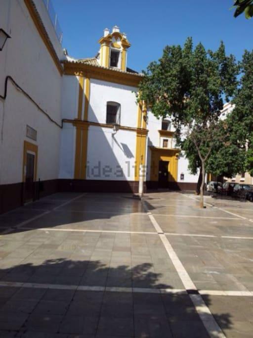 Plaza de las Mercedarias anexa al Apartamento