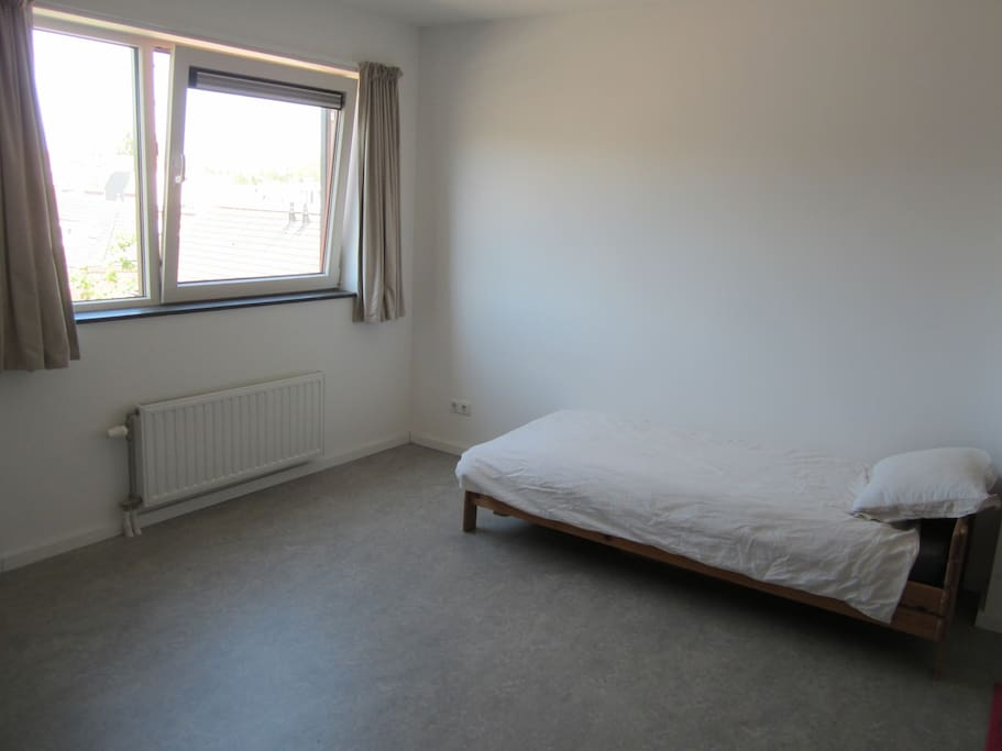 On the picture is just 1 bed but we can accommodate however you would like it. We can fit 4 adults or a family with kids.