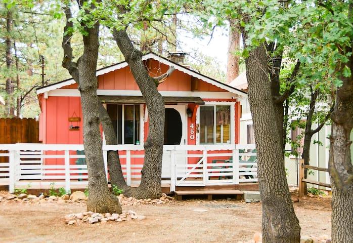 Little Bear Cottage - Peaceful Retreat