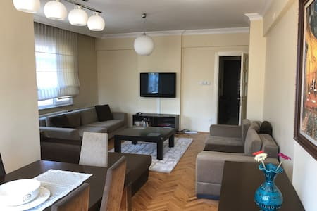 Fully Furnished and Luxury 4 room cosy flat - Kadıköy - Wohnung