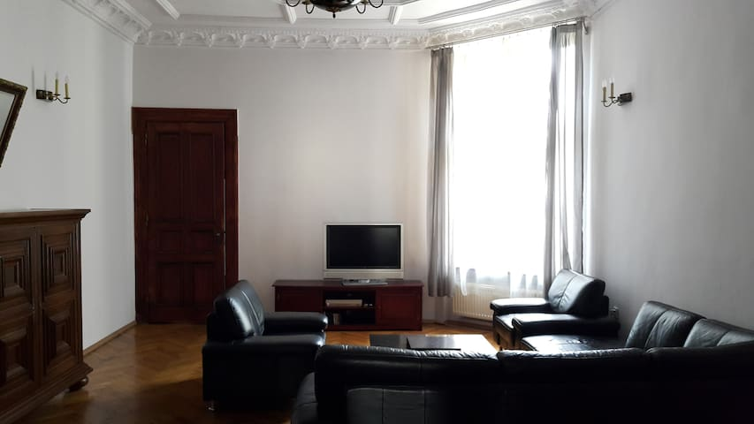 Apartment in Lodz Center  170m2 + Parking + WiFi - Lodz