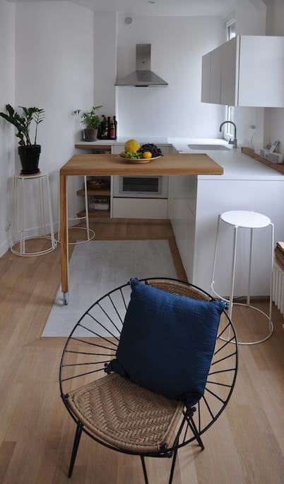 Kitchen with the swivel worktop