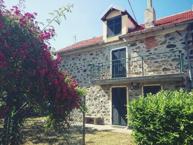 Casa in campagna a 30 Km dal mare - Piancastagna - Dom