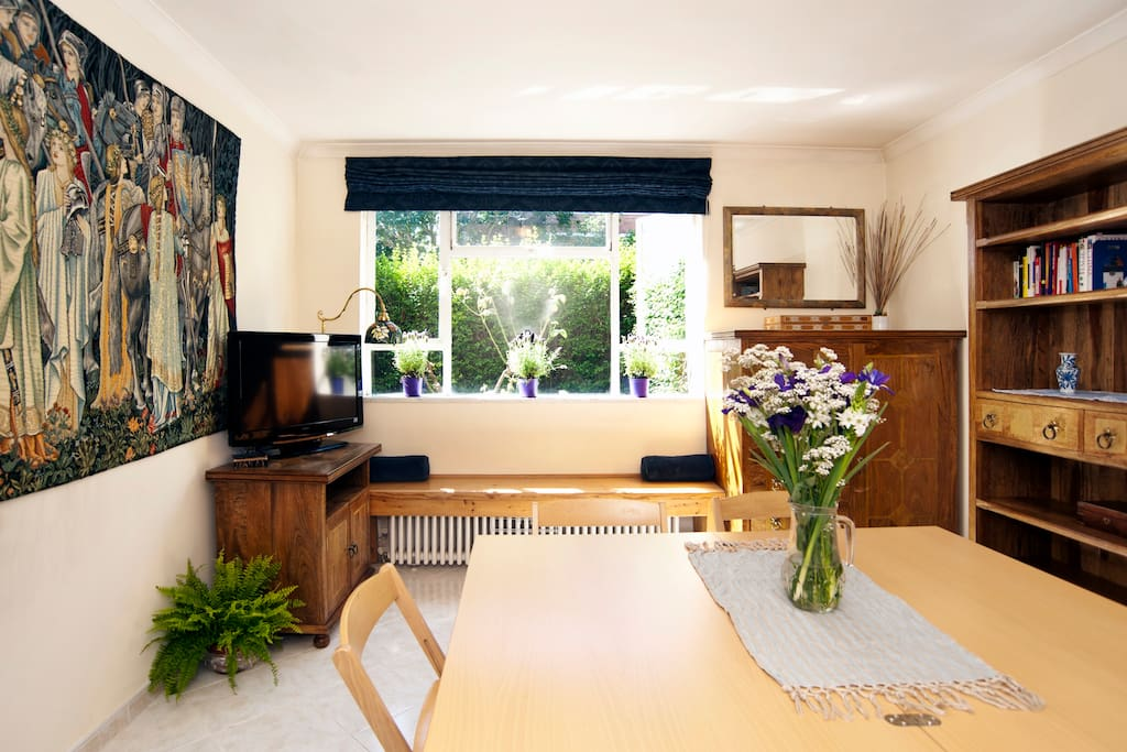 Central One Bedroom Garden Flat Apartments For Rent In London England United Kingdom