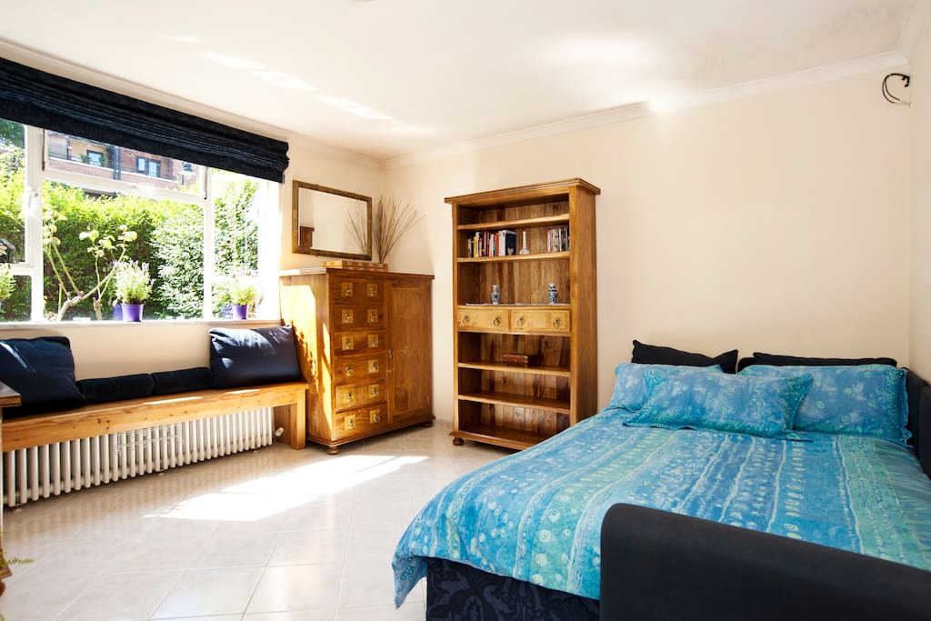Central One Bedroom Garden Flat Flats For Rent In London