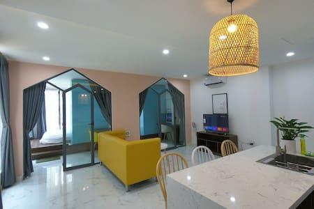 C4-Modern Apartment wt 2 Br - Close to the beach