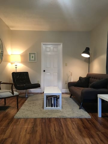 Walk Downtown. Private room. - Franklin - Appartement