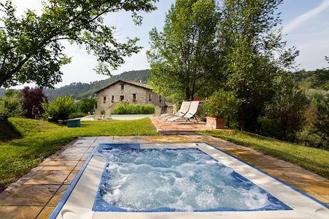 17e eeuws oud VILLA zwembad & hot tub