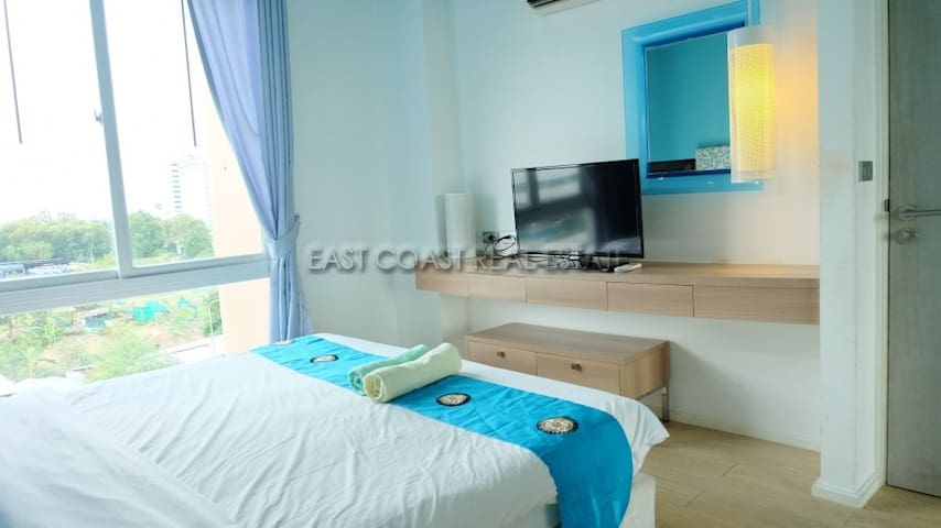 1 bedroom condo in Atlantis Condo Resort Pattaya