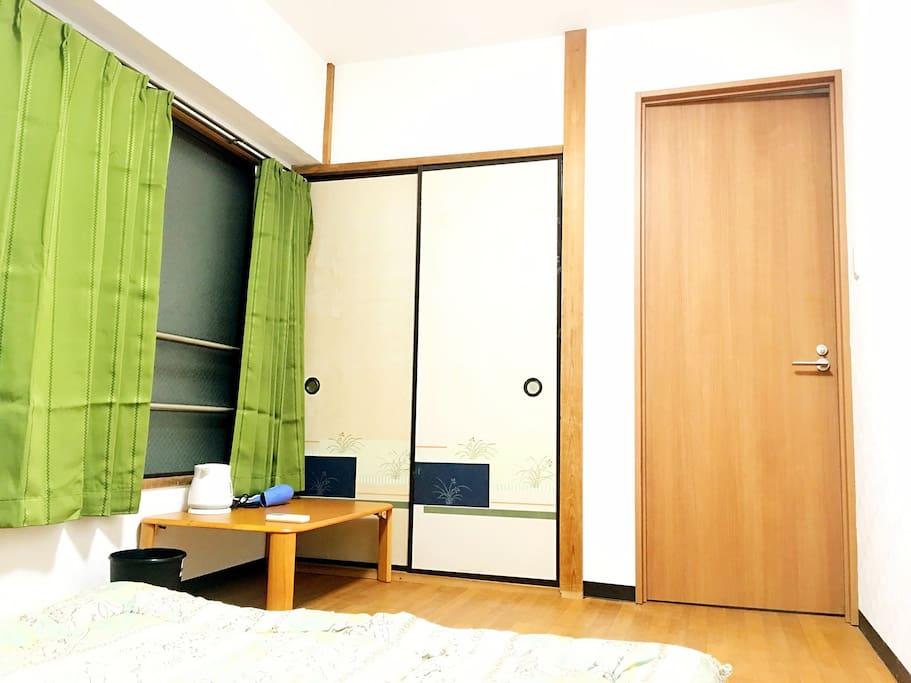room corner 房間一角