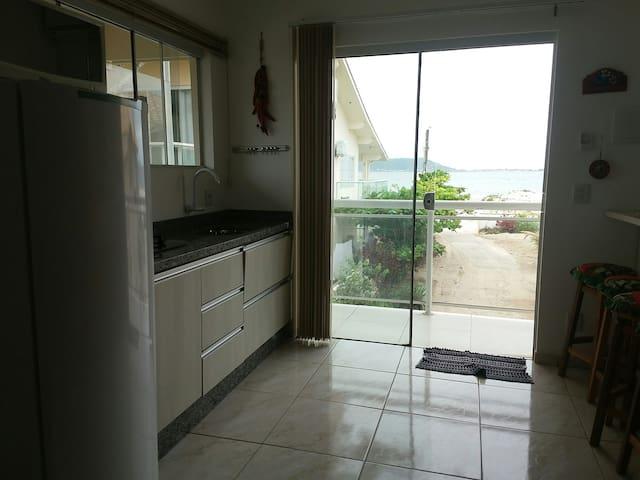 3.Apartamento conjugado novo, beiramar,p.3 pessoas